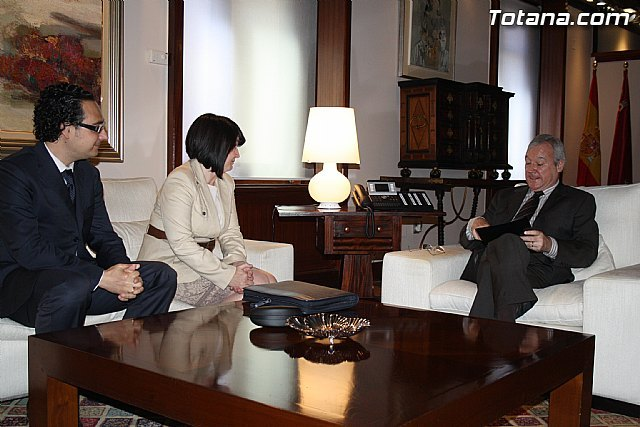 La alcaldesa de Totana reclama apoyo institucional al Vicepresidente del Comité de las Regiones, Foto 5