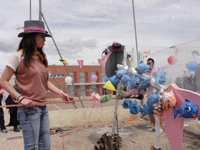 Los usuarios del Centro de Día José Moyá celebran por segundo año un particular Entierro de la Sardina, Foto 3