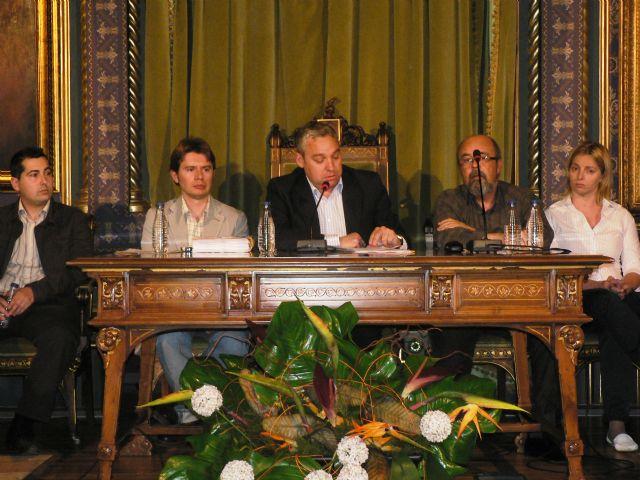 El Pleno aprueba unos presupuestos que apuestan por la política social, seguridad, educación, cultura y los servicios públicos, Foto 1