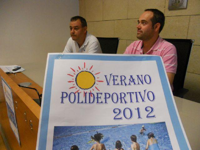 El Verano Polideportivo´2012 mantiene su oferta de actividades acuáticas y deportivas, Foto 1