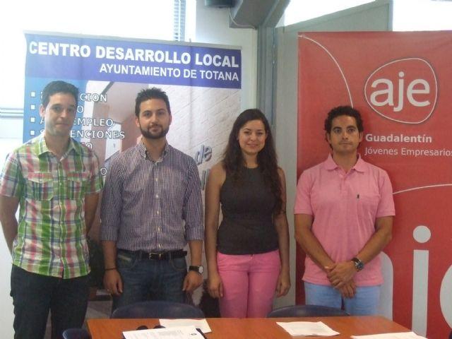 La Asociación de Jóvenes Empresarios del Guadalentín celebra su junta directiva en las instalaciones del Centro de Desarrollo Local de Totana, Foto 2