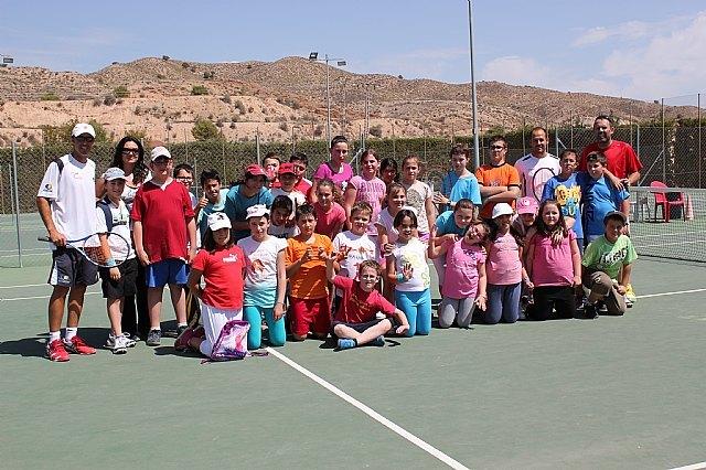 II jornadas escolares de tenis en el Club de Tenis Totana, Foto 1