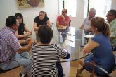 La alcaldesa y la Asociación de Vecinos de las Viñas-Carivete se reúnen