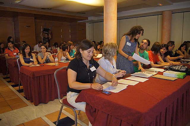 Cerca de un centenar de docentes participan en las Jornadas Regionales de Escuelas Rurales, Foto 3