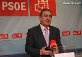 González Tovar denuncia la progresiva e imparable escalada de cierre de servicios sanitarios por parte del Gobierno regional
