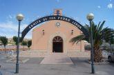 La concejalía de Servicios realiza trabajos de pintura en el interior de la ermita de Lébor de cara a las fiestas de San Pedro