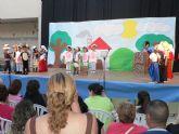El festival de tetaro del I.E.S. Antonio Hellín arranca con la simpatía de los más pequeños