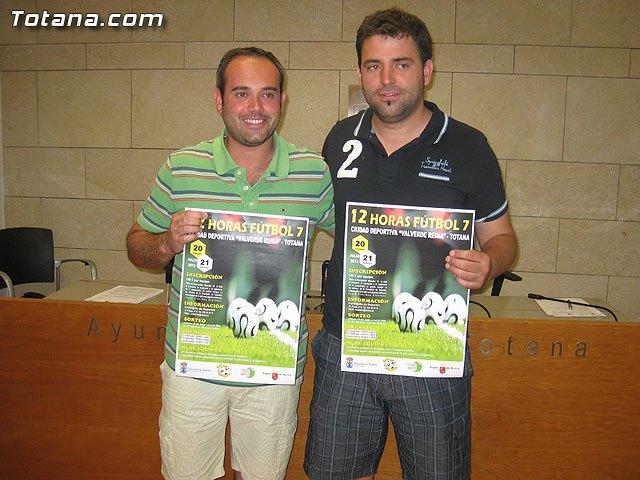 La concejalía de Deportes organiza las 12 Horas de Fútbol 7, Foto 1