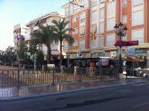 Se trasladan 18 puestos del mercadillo semanal por las obras de remodelación de las aceras de uno de los márgenes en la Avenida Rambla de La Santa
