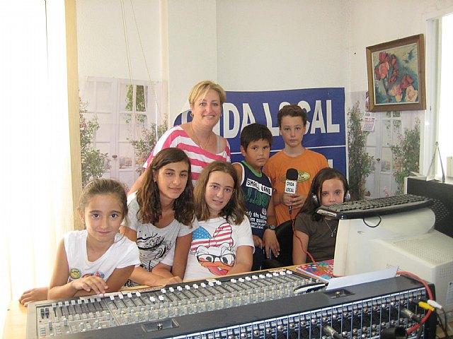 ONDA LOCAL RADIO realizó un programa especial protagonizado por niños, Foto 1