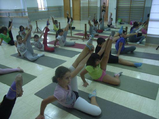 Más de 2.500 usuarios participaron en los programas especializados ofertados por la concejalía de Deportes desde julio de 2011 a junio de 2012, Foto 1
