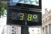 Meteorología advierte de que las temperaturas pueden llegar hoy a los 42 grados (riesgo extremo, color rojo)
