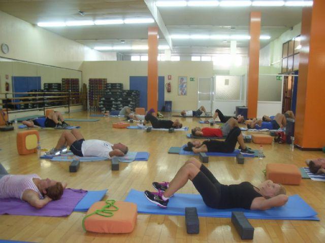 Arranca el programa de gimnasia de mantenimiento ofertado por la concejalía de Deportes en el gimnasio municipal La Cárcel, Foto 2