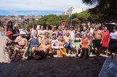 Autoridades municipales visitan a las personas mayores que han participado en el programa ¡Vente a la Playa!