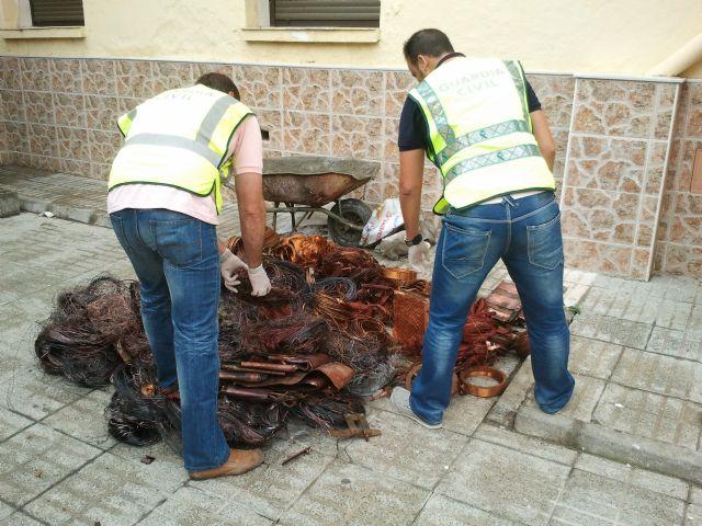 La Guardia Civil detiene a los integrantes de un grupo especializado en el robo de transformadores eléctricos, Foto 2