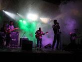 Más de 800 personas disfrutaron de la noche solidaria del rock