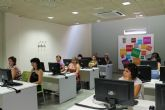 El Vivero de Empresas para Mujeres comienza su actividad tras el verano con un curso de inform�tica