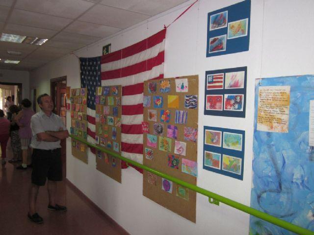 Intercambio de arte postal por el Día de la Paz en el Centro José Moya con el Leap Program de Chesapeake (EE.UU.), Foto 4