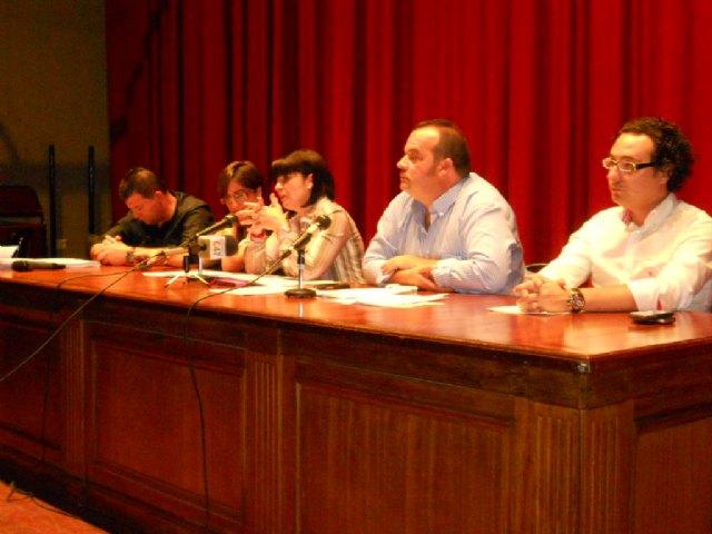 El equipo de Gobierno se reúne con los afectados por las inundaciones para hacer un frente común, Foto 3