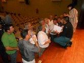 El equipo de Gobierno se reúne con los afectados por las inundaciones para hacer un frente común