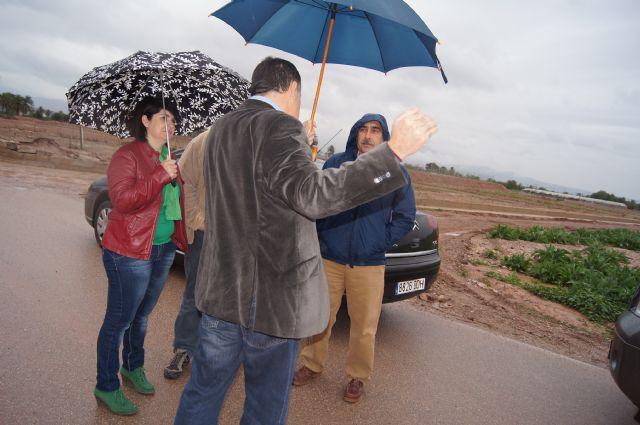 El ayuntamiento y la CHS visitan las zonas donde desembocan las principales ramblas de Totana, en las que se acometerían los embalses para la reutilización de pluviales, Foto 3