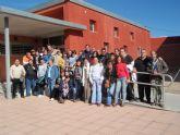 El Servicio de Apoyo Psicosocial de Totana recibe la visita de los usuarios de los talleres de la asociación de rehabilitación de Lorca