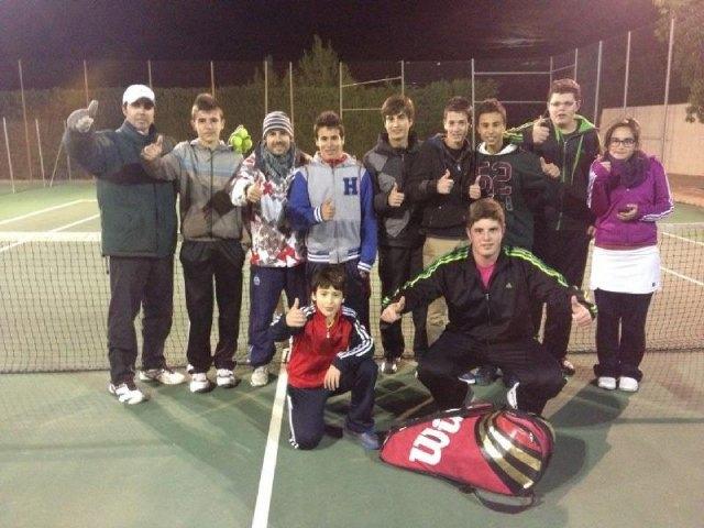 Victoria de la Escuela del Club de Tenis Totana en la Liga Regional Interescuelas, Foto 1