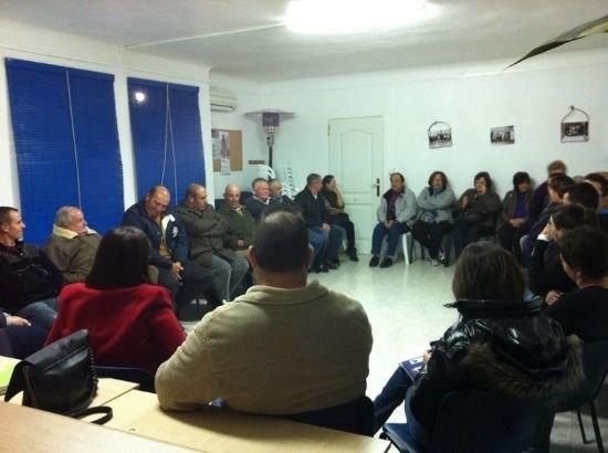 Autoridades municipales se reúnen con las asociaciones de El Raiguero para tratar necesidades vecinales de esta diputación, Foto 2