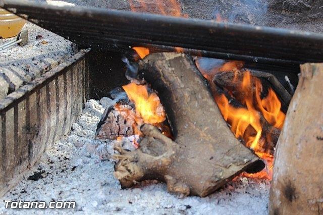 La Comunidad incrementa sus efectivos para que los vecinos de Totana realicen las tradicionales barbacoas en la romería de Santa Eulalia - 3, Foto 3
