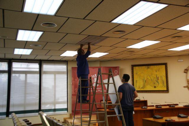 El Ayuntamiento apuesta por la eficiencia energética con la sustitución de todas sus luminarias, Foto 5