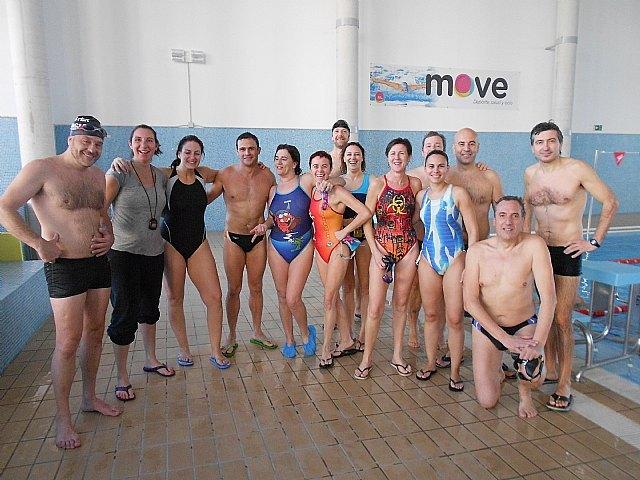 El Club Natación Master Murcia entrena en Totana para preparar los XIX Campeonatos de Natación Master de Invierno, Foto 1