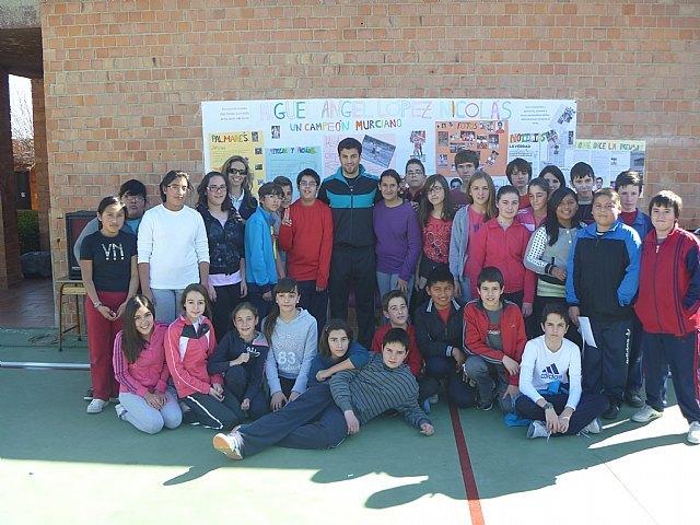 El marchador murciano, Miguel Ángel López Nicolás, 5º en los JJOO de Londres, visitó a los alumnos de ESO del Colegio Reina Sofía, Foto 1