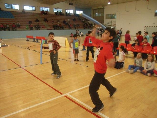 La Concejalía de Deportes organiza mañana la fase local de jugando al atletismo de Deporte Escolar alevín, Foto 1
