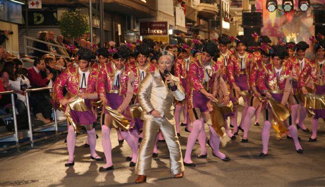 esta noche blanco disfraz en Murcia