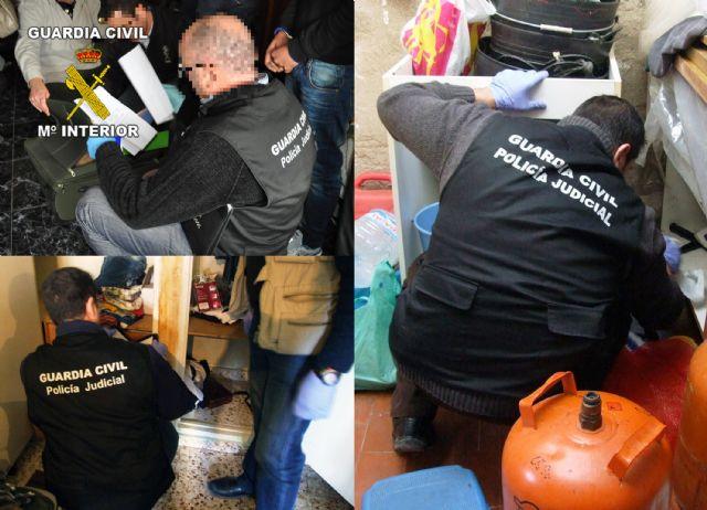 La Guardia Civil detiene a cuatro personas por tenencia y tráfico ilícito de armas en en Totana y Alhama de Murcia, Foto 6
