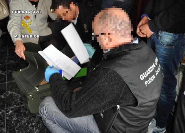 La Guardia Civil detiene a cuatro personas por tenencia y tráfico ilícito de armas en en Totana y Alhama de Murcia, Foto 7