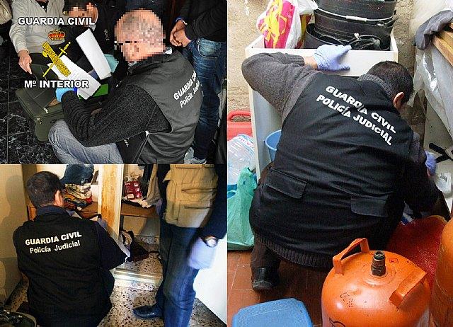 La Guardia Civil detiene a cuatro personas por tenencia y tráfico ilícito de armas en en Totana y Alhama de Murcia, Foto 1