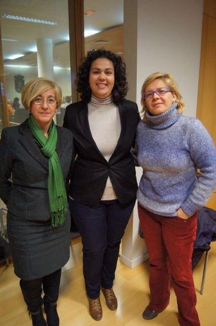 Los tres grupos políticos municipales aprueban un manifiesto institucional conjunto con motivo de la celebración del día internacional de la mujer trabajadora, Foto 2