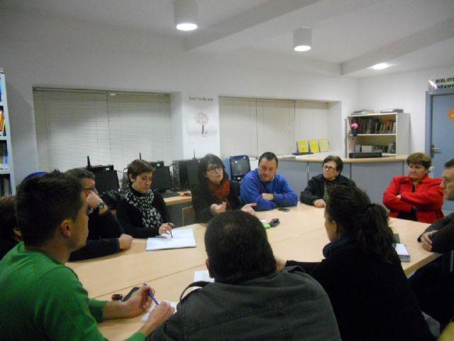Autoridades municipales se reúnen con representantes de los vecinos de El Paretón-Cantareros, Foto 2