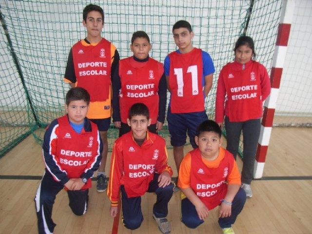 Comienza la fase local de futbol sala alevín de Deporte Escolar, organizada por la concejalía de Deportes, Foto 2
