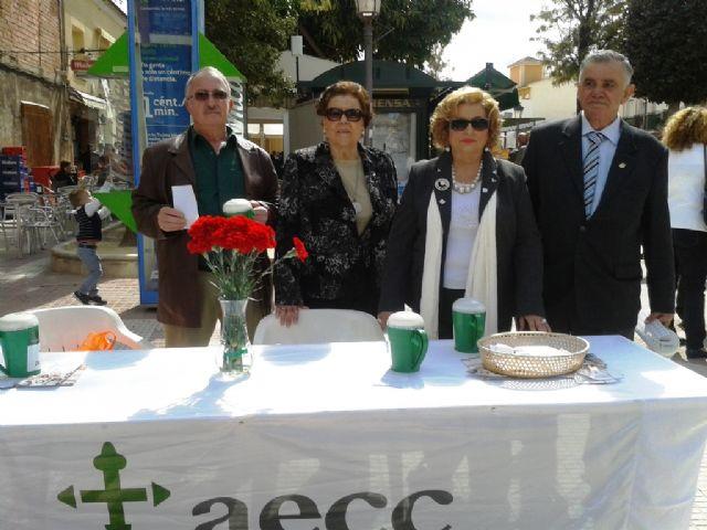 La Junta Local de Totana de la AECC recauda 2.699 euros en la cuestación realizada el pasado Domingo de Ramos, Foto 3