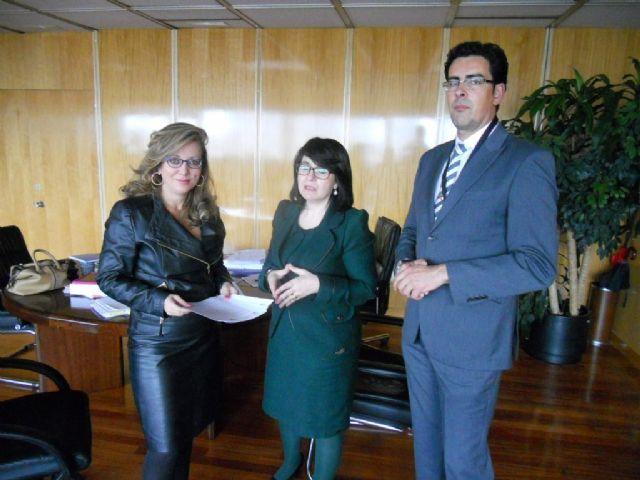 La alcaldesa, en su condición de presidenta de la Asociación Española de Ciudades de la Cerámica, solicita al Ministerio acciones concretas, Foto 1