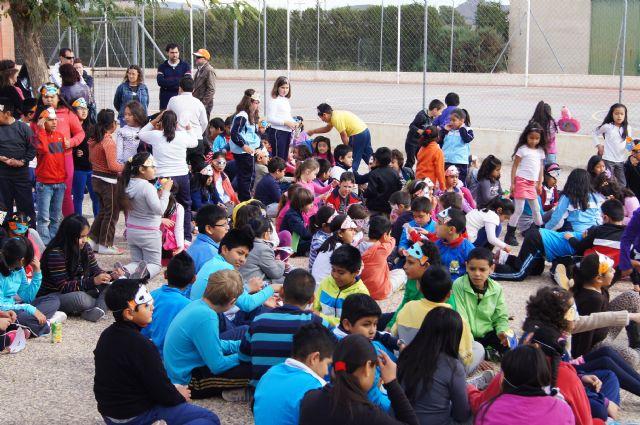 El Grupo Sardinero Baco visita el Centro Ocupacional José Moya Trilla acercando las Fiestas de Primavera a los usuarios, Foto 4