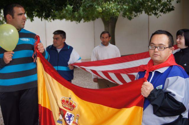 El Grupo Sardinero Baco visita el Centro Ocupacional José Moya Trilla acercando las Fiestas de Primavera a los usuarios, Foto 5
