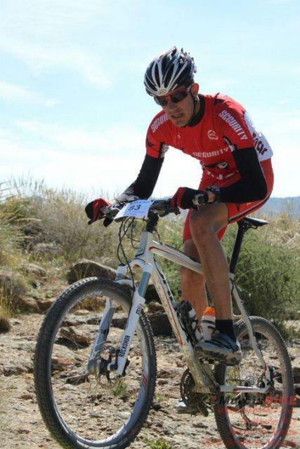 Juan Antonio Sánchez del C.C. Santa Eulalia obtuvo excelentes resultados en el campeonato regional de ciclismo adaptado, Foto 3