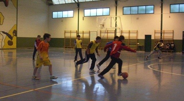 Finaliza la fase local de futbol sala alevín de Deporte Escolar con el colegio Santa Eulalia como primer clasificado, Foto 2