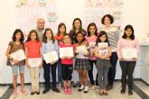 Se entregan los premios del V Concurso de Viñetas y se presenta una publicaci�n recopilatoria de los trabajos ganadores de los �ltimos años