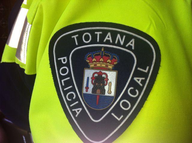 La Policía Local detiene a dos jóvenes como presuntos autores de varios robos con fuerza, Foto 1