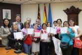Personas en riesgo de exclusi�n social de Alhama de Murcia concluyen el Taller de Costura desarrollado por Proyecto Abraham