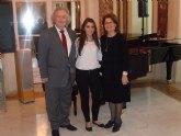 La jovencísima pianista murciana, Mª Ángeles Ayala, confirma su clase